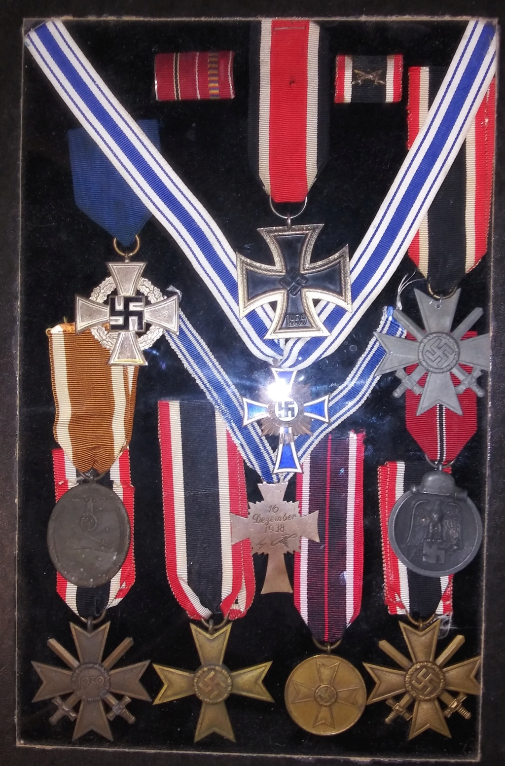 Some WW2 German medals and insignia 20200115