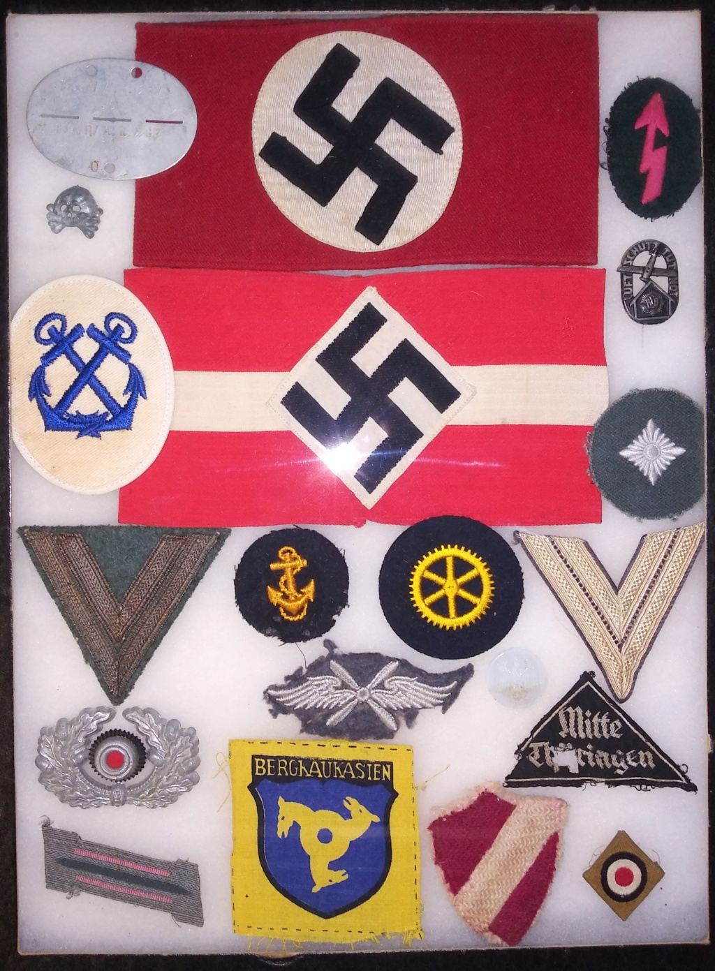 Some WW2 German medals and insignia 20200116