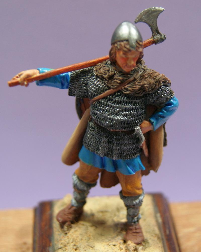 Vitrine de Vitruve   Mercenaire vers 1180 1200 - Page 4 Dsc07829