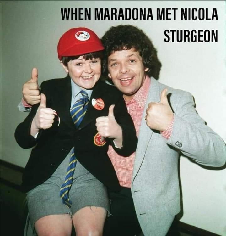Diego Maradona.... 12779810
