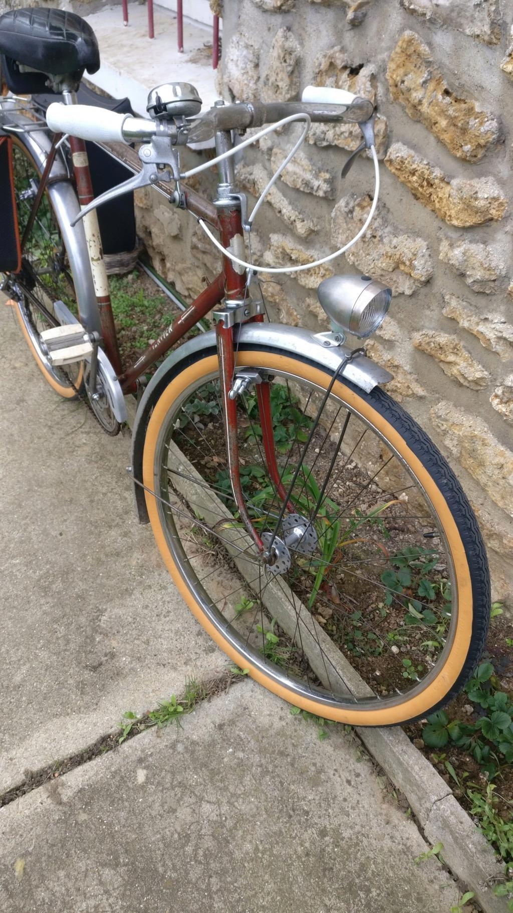 quel pourrait etre ce vélo ???? Img_2076