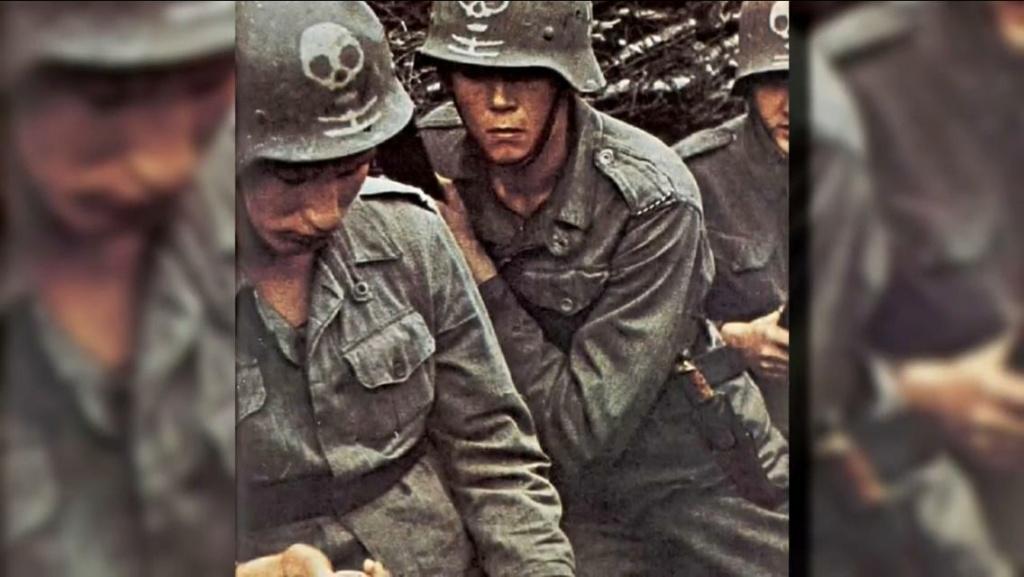 German (?) helmet symbol identification  Bb538110