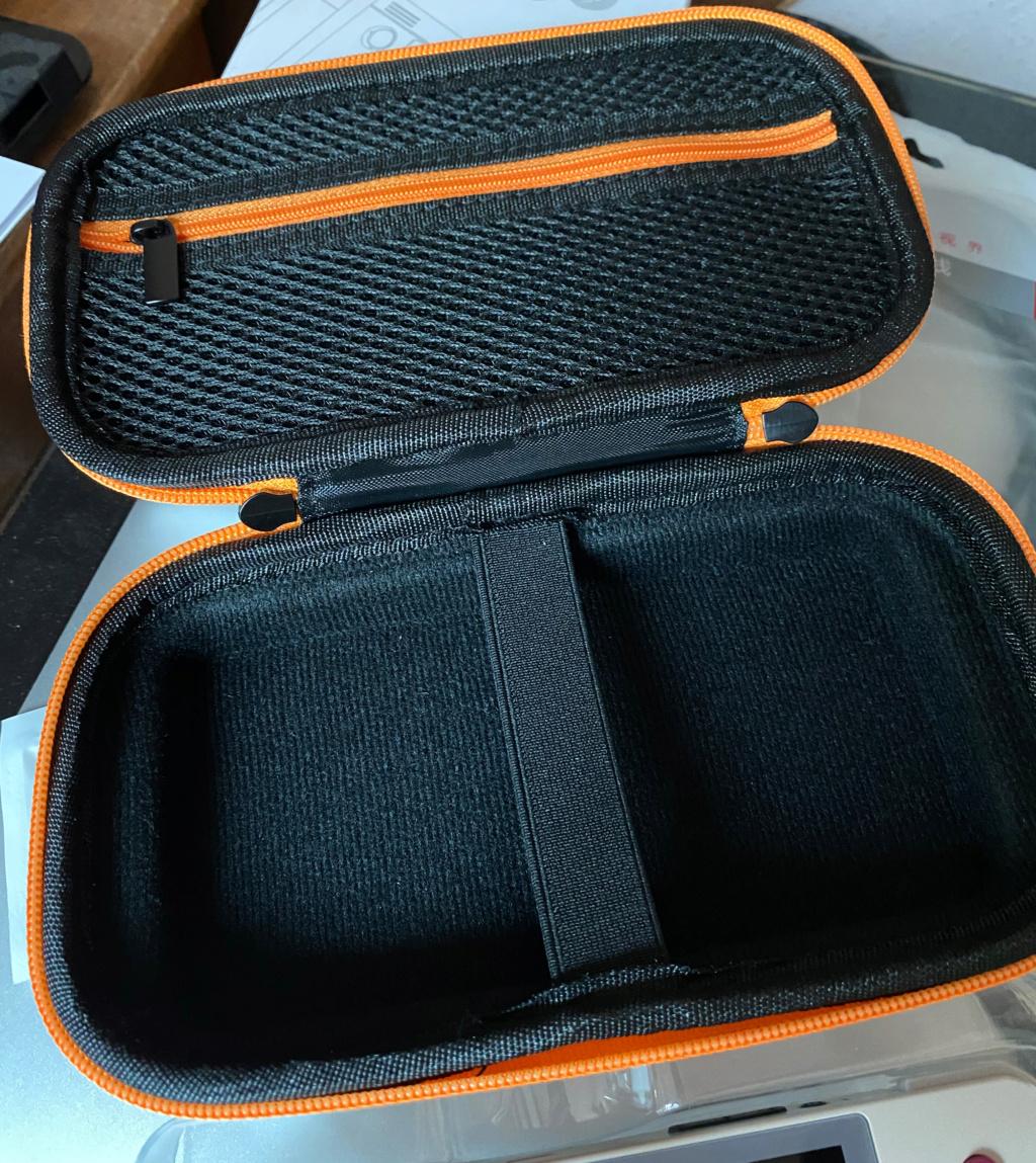 [VENDUE] Retroid Pocket V2 Retro Neuve + Housse officielle Img_2712