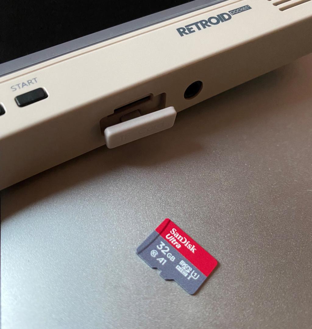 [VENDUE] Retroid Pocket V2 Retro Neuve + Housse officielle Img_2714