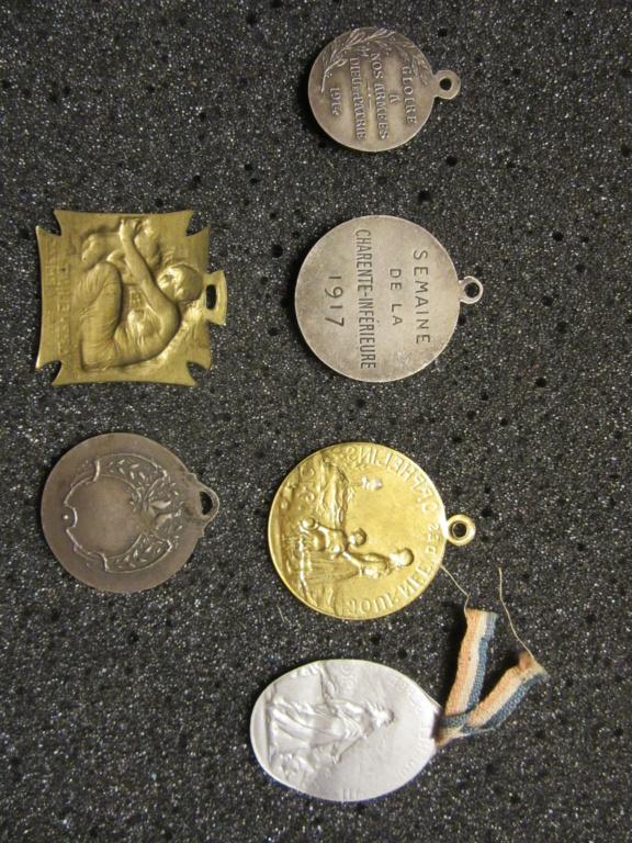 Lot médailles commémoratives époque 14-18 Img_1817