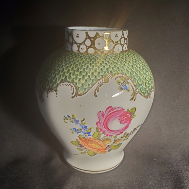 Is this Meissen? Items_12