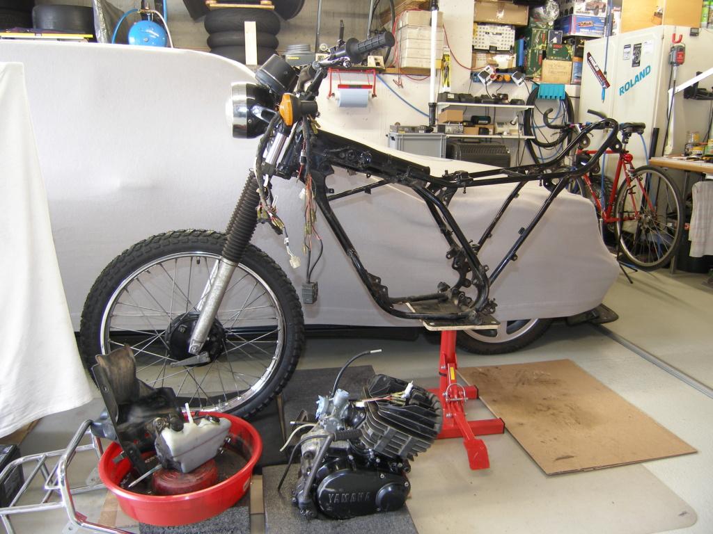 Restauration d'une Yamaha DT175MX 2K4 de 1979 P8179010