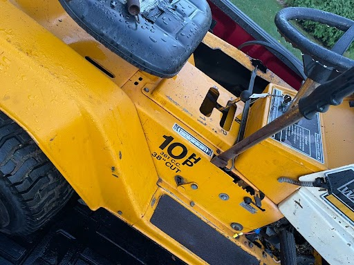 what kind of transaxle does this tractor have Unname14
