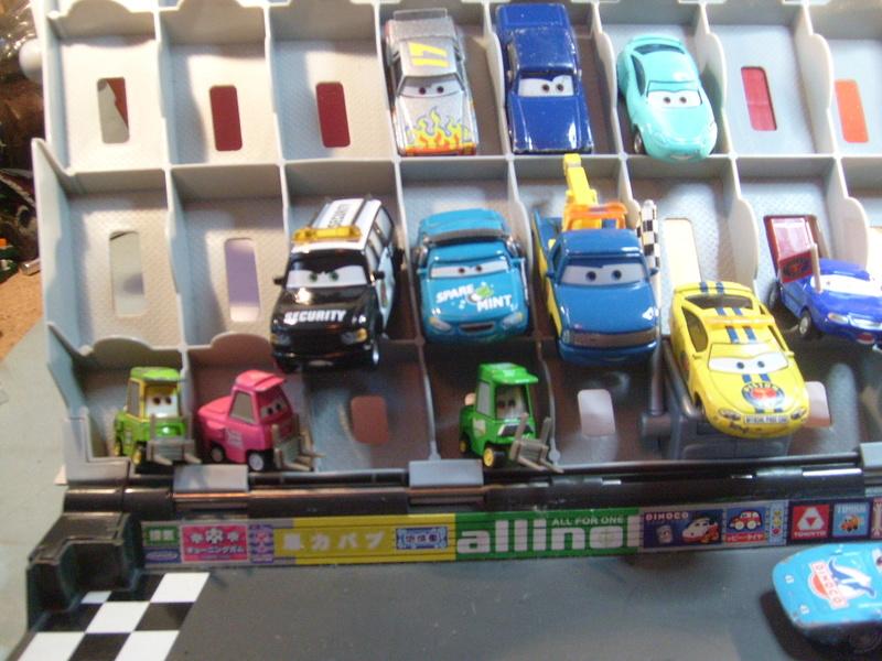 mes autres Cars 1 , 2 , 3 et Planes !!! toutes marques et matieres - Page 12 S7305104