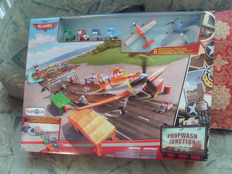 mes autres Cars 1 , 2 , 3 et Planes !!! toutes marques et matieres - Page 11 S7305663