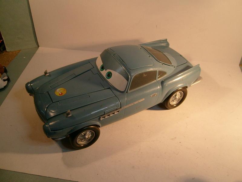 mes autres Cars 1 , 2 , 3 et Planes !!! toutes marques et matieres - Page 11 S7305716