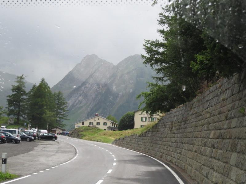Yocco et Anook dans les Alpes 28_col11
