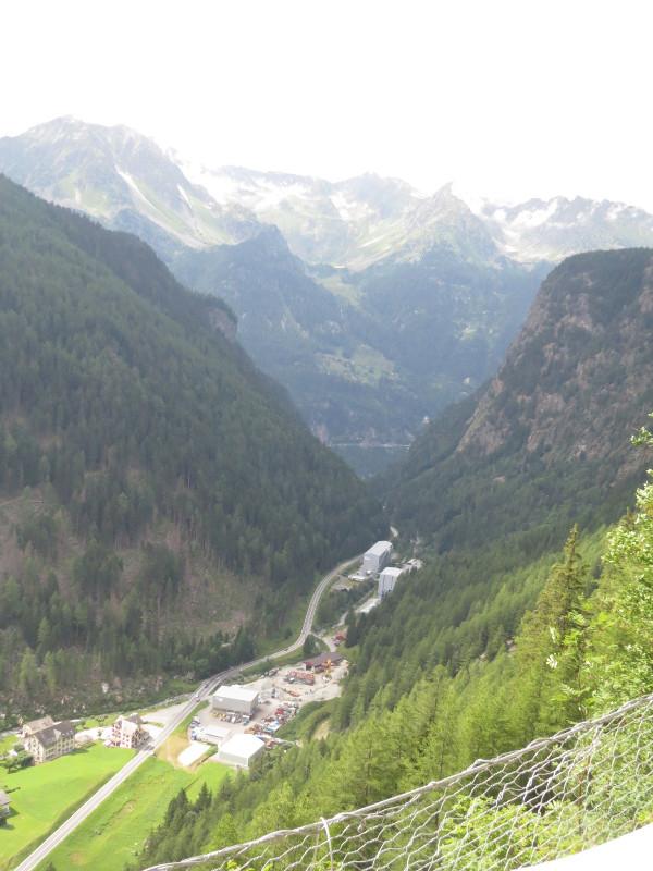 Yocco et Anook dans les Alpes 34_val11