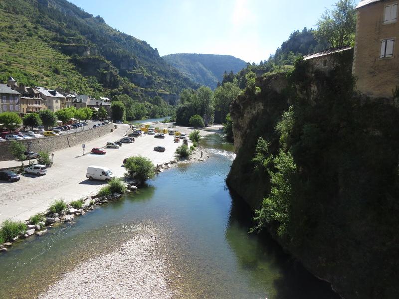 Yocco et Anook en Ardèche et en Provence 49_sai10