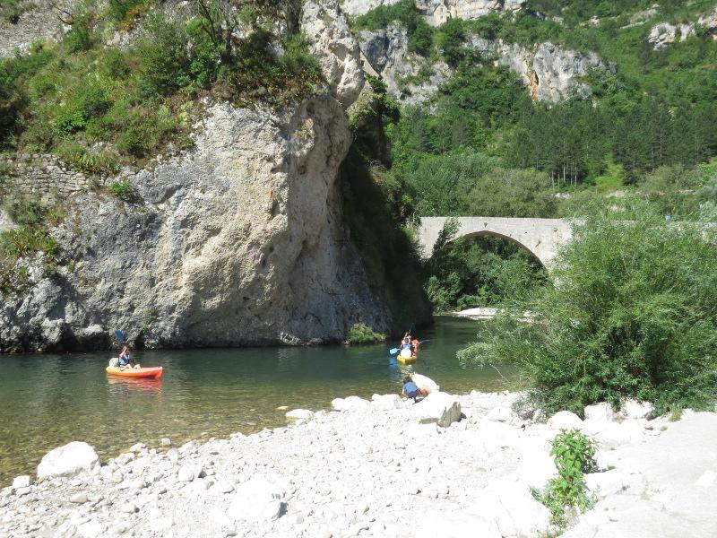 Yocco et Anook en Ardèche et en Provence 50_le_10