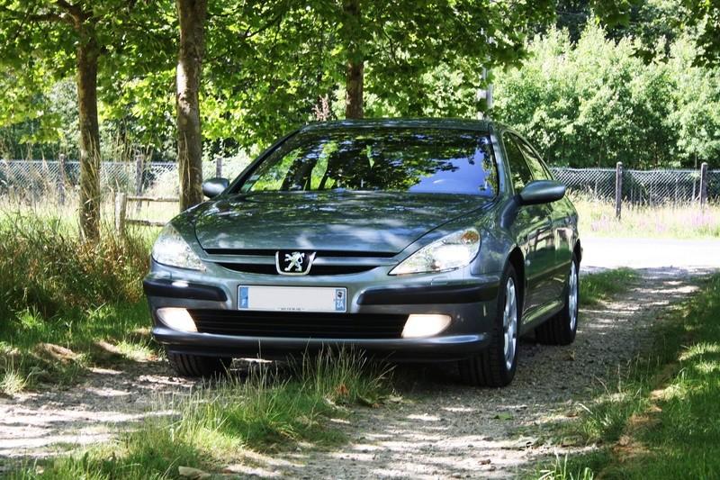 Ma 607 3.0 V6. 2004. Gris Hades. Img_3114