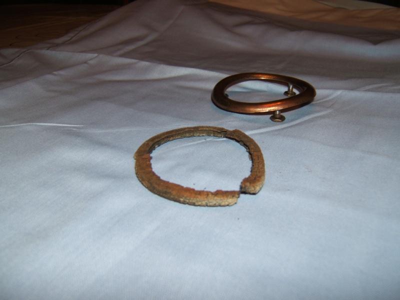 anneaux metalliques pour feu arrière Dscf2513