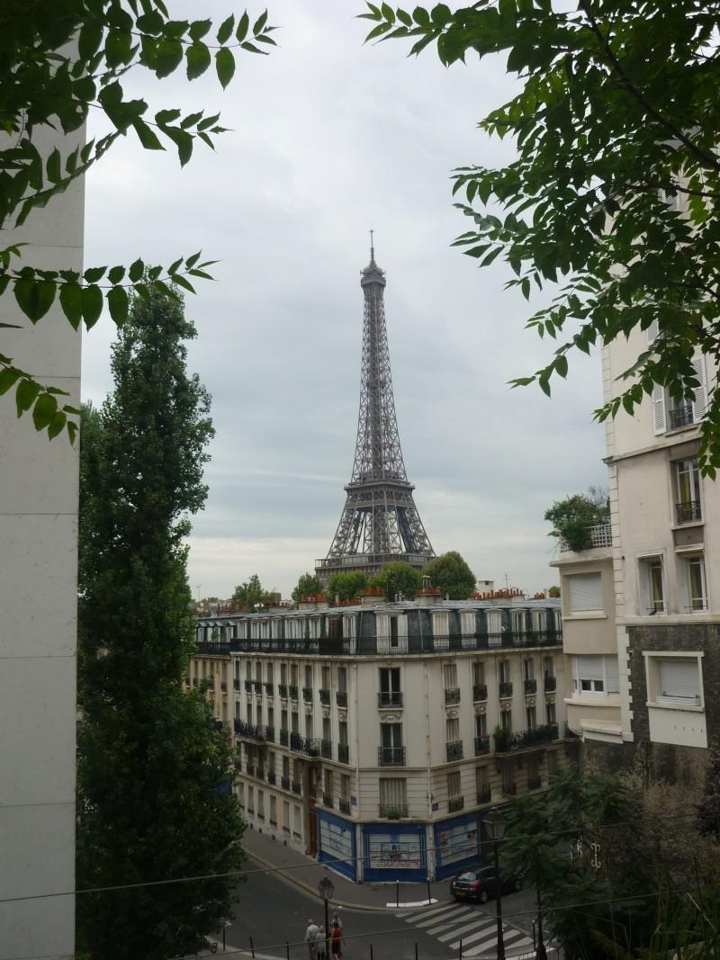 Paris ville lumière dans toute sa splendeur - Page 8 Tour_e12