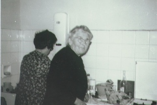 un peu de mon passé ,ma famille en noir et blanc G_m_yv10