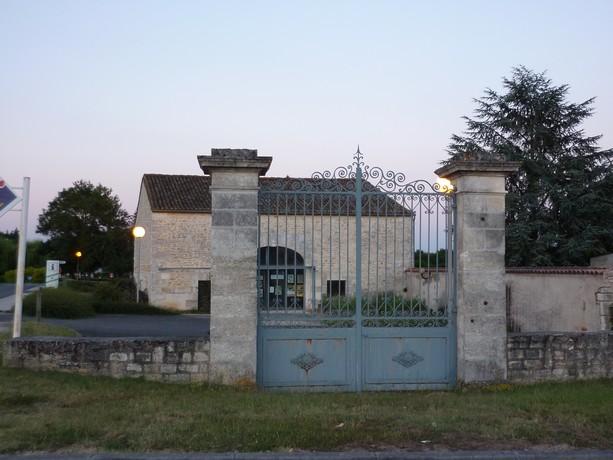 portes et fenêtres ,a vos photos P1010132
