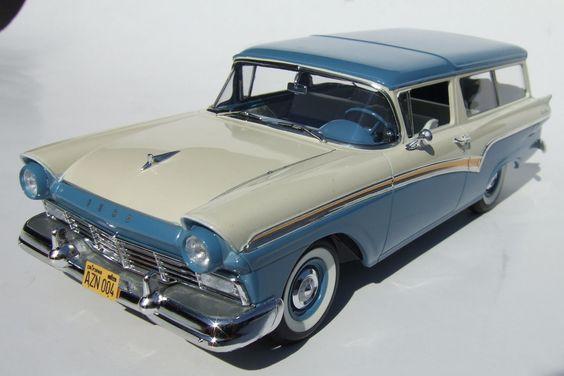 Identifiez le plus de (vieilles) voitures. 439d5f10