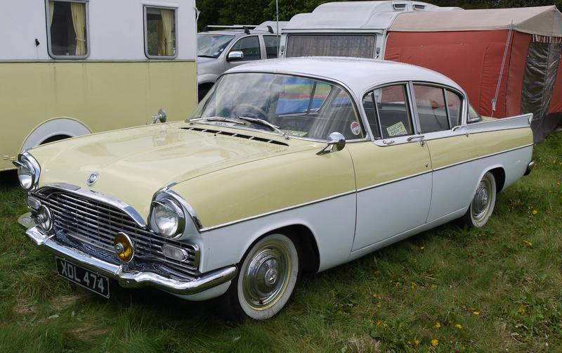 Identifiez le plus de (vieilles) voitures. Vauxha10