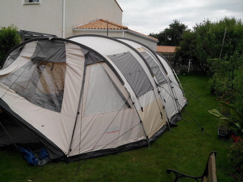 aide sur choix de tente 300/ 400 € Img_2012
