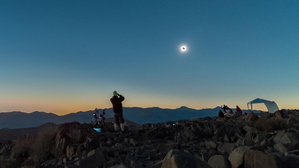 Eclipse de Soleil au Chili - 2 Juillet 2019  - Page 2 79767f10