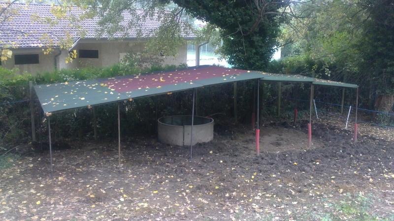 construire un abri dans un pré  2015_110