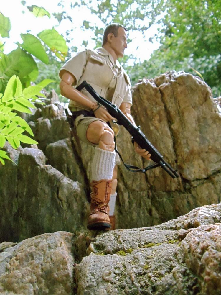 Robert Muldoon - Jurassic Park Muldoo11