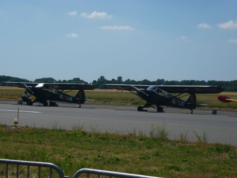 Quelques photos , modernes + warbirds P1000920