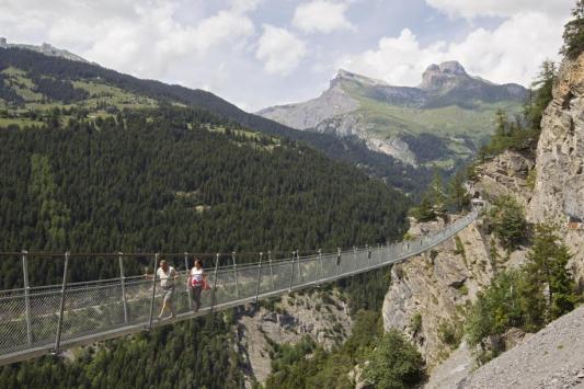 Suisse - Valais - Le bisse de Saviese - traversée vertigineuse Bisseq10