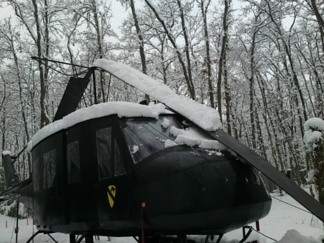 HELICOPTERE HUEY 60310
