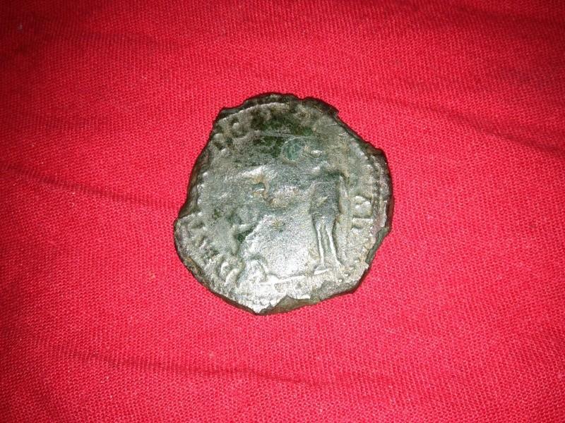romaine - double sesterce de POSTUME  -  Liaison de coin ! 02010