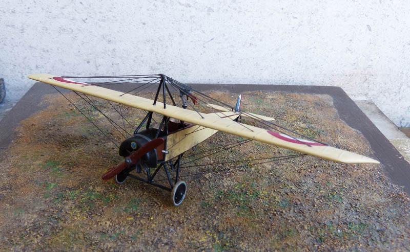 """[1915] [AZ Model] Morane L """"Parasol"""" - Première victoire de Guynemer. Morane25"""