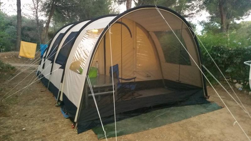 "Camping ""le clos sainte therese"" St Cyr sur Mer 10910"