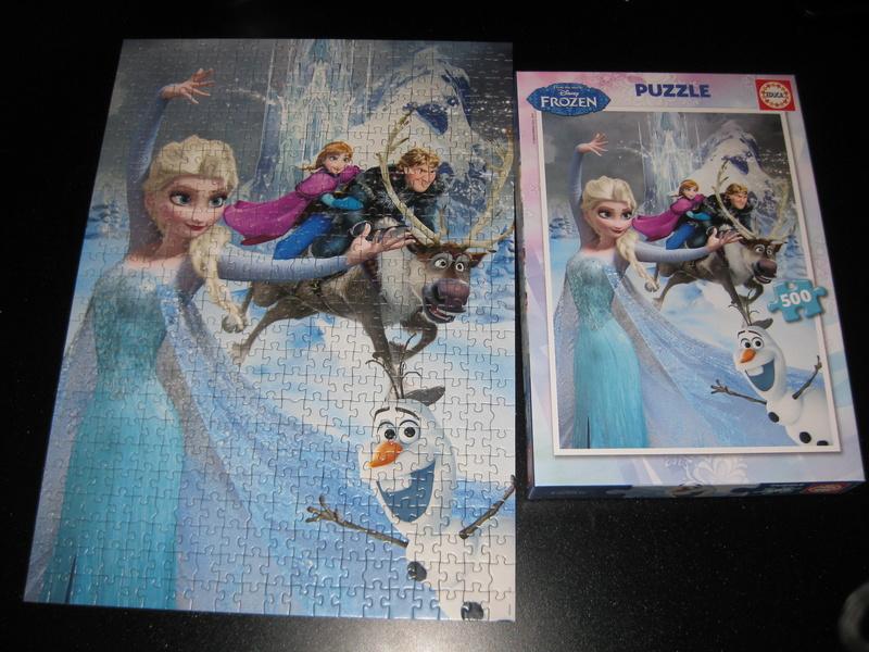 Les puzzles Disney - Page 13 Img_6235