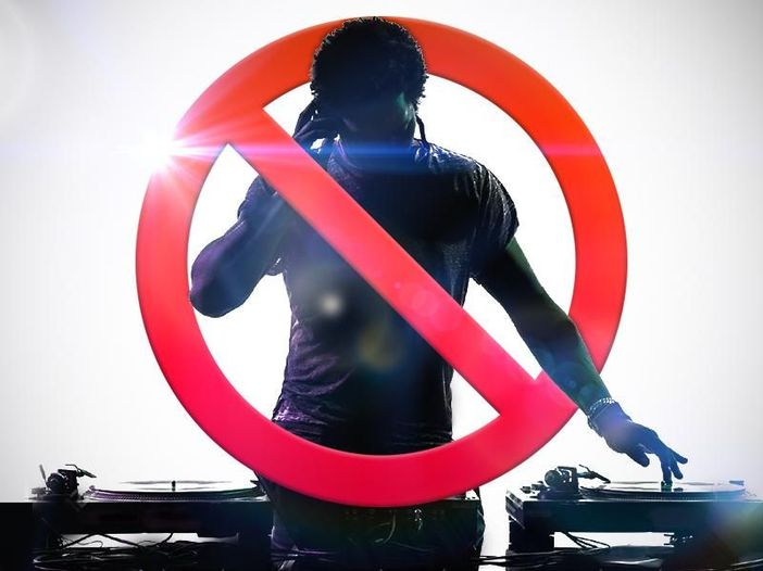 I DJ set hanno rotto (!?) Http--10