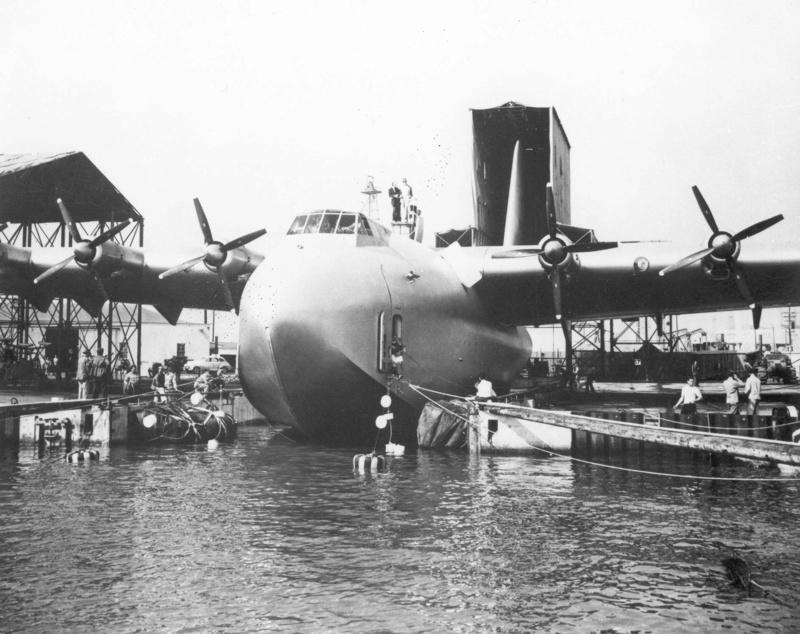 "Hughes H-4 Hercules ""Spruce goose"" (1/200ème - Minicraft Model Kits) Sg-bec11"