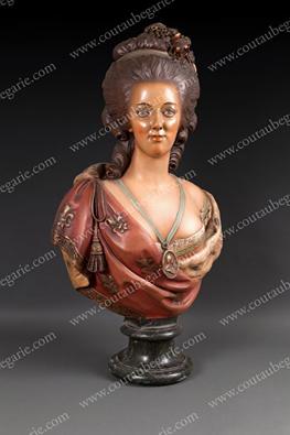 Bustes de Marie Antoinette par et d'après Félix Lecomte 13895510