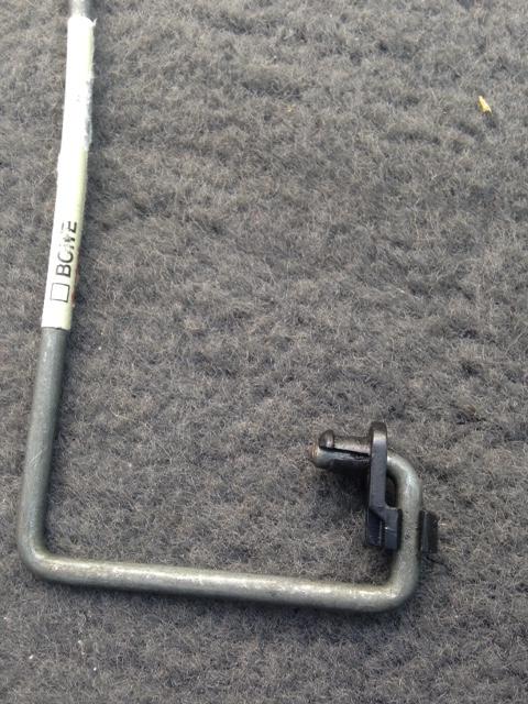 Tirette pour rabattre les dossiers sièges AR (RESOLU) Img_6911
