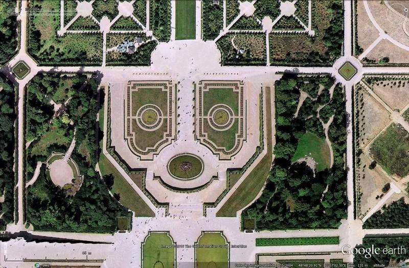 Pif le chien, jardins du château de Versailles, Yvelines, Fr Sans_149
