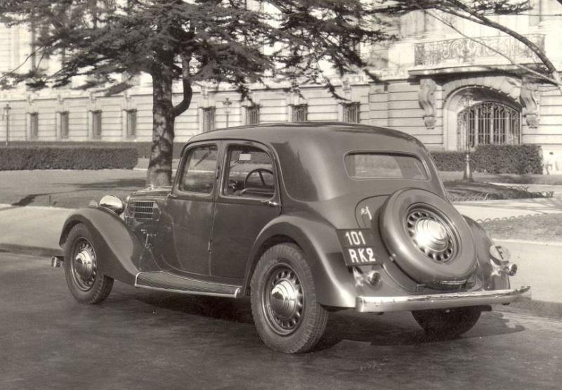 Quelle est cette auto....? Delage14