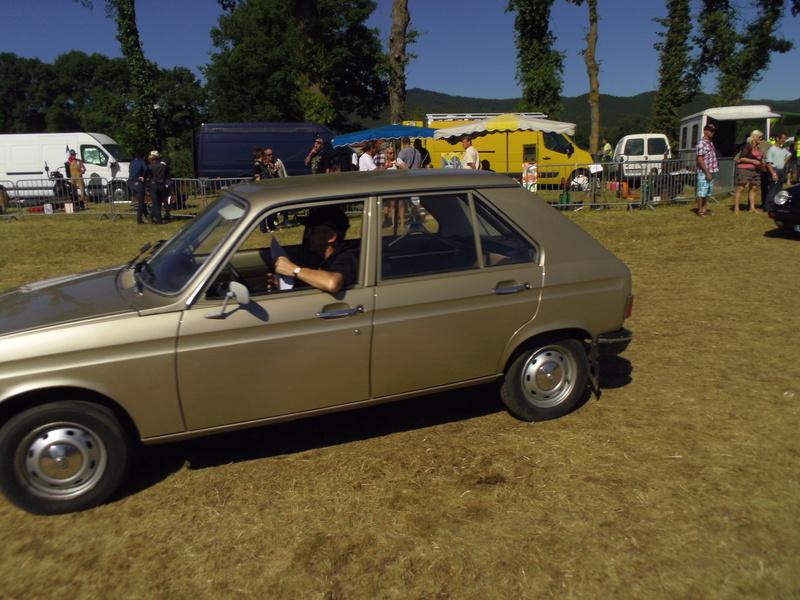 43 St VINCENT: 16ème Festival des vieilles mécaniques 2016 (Haute Loire) - Page 4 Imgp5113
