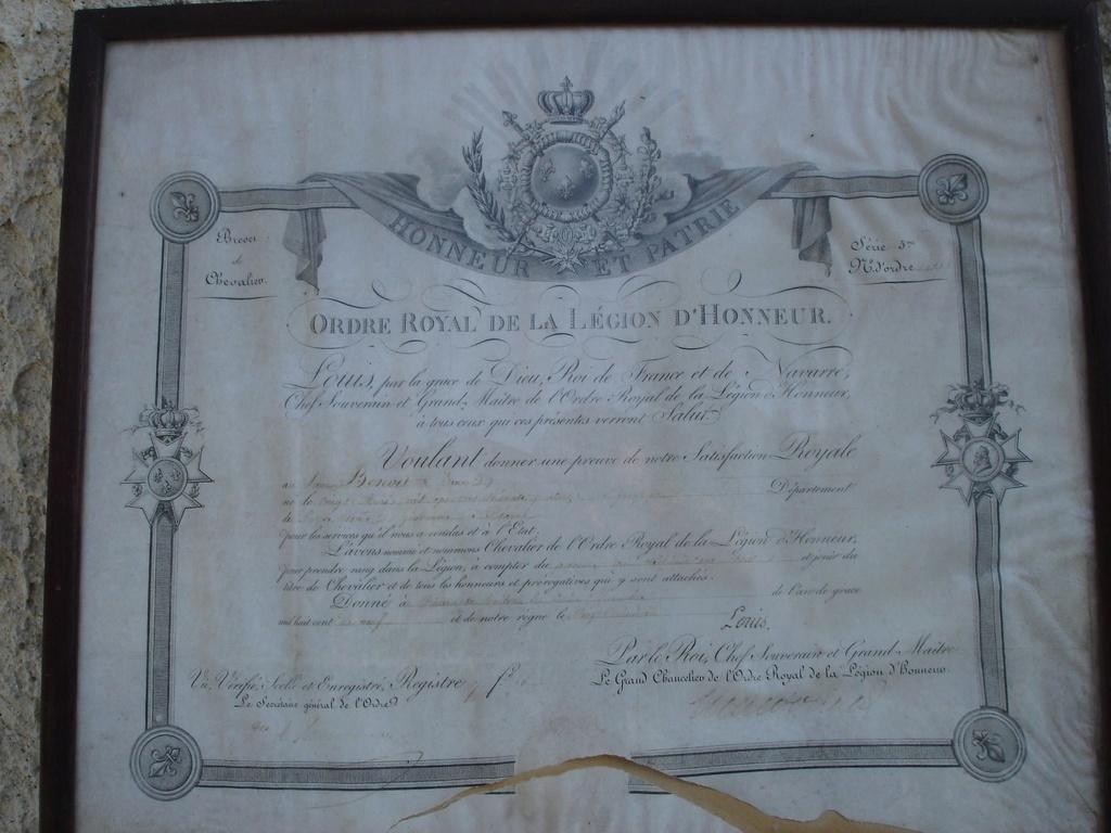 Ensemble gendarme impérial (1er Empire / Restauration) 35265710