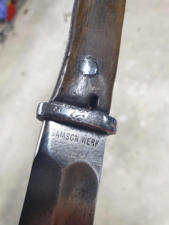 [IDENTIFICATION] Dagues, baïonnettes & couteaux à identifier   B23-c10
