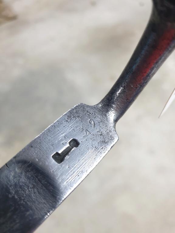 [IDENTIFICATION] Dagues, baïonnettes & couteaux à identifier   B28-b10