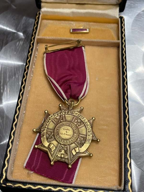 [Officier de l'armée US - WWII] B4b91610
