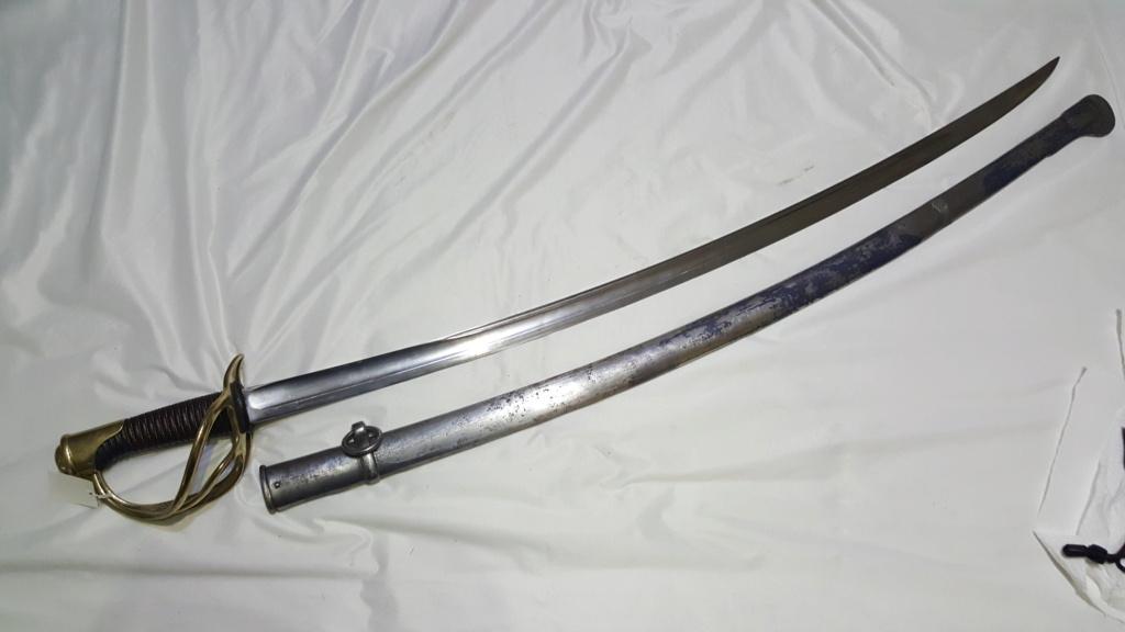 [NOUVELLES PHOTOS] Nombreuses épées à identifier E13-b10