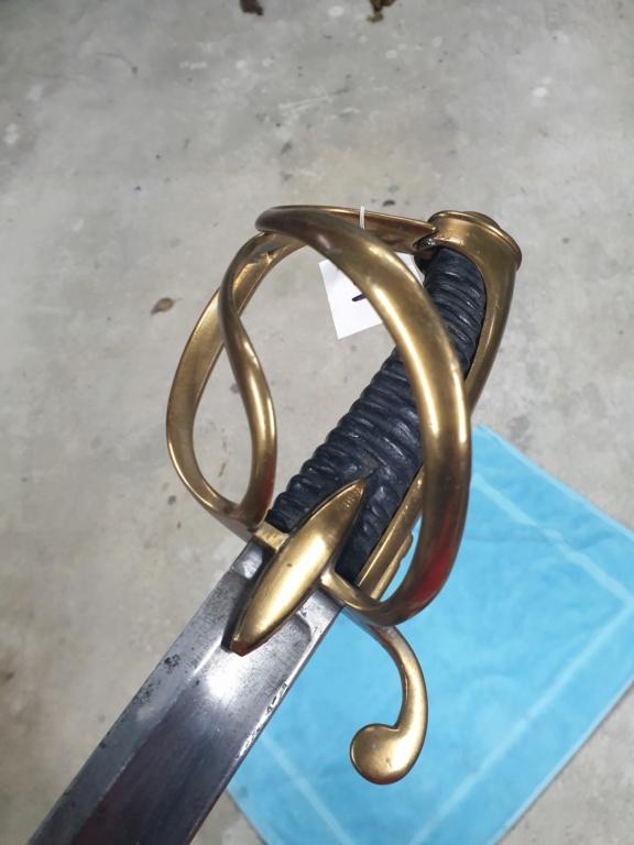 [NOUVELLES PHOTOS] Nombreuses épées à identifier - Page 2 E4-b10